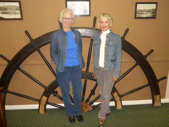 Former Residents Visit Museum